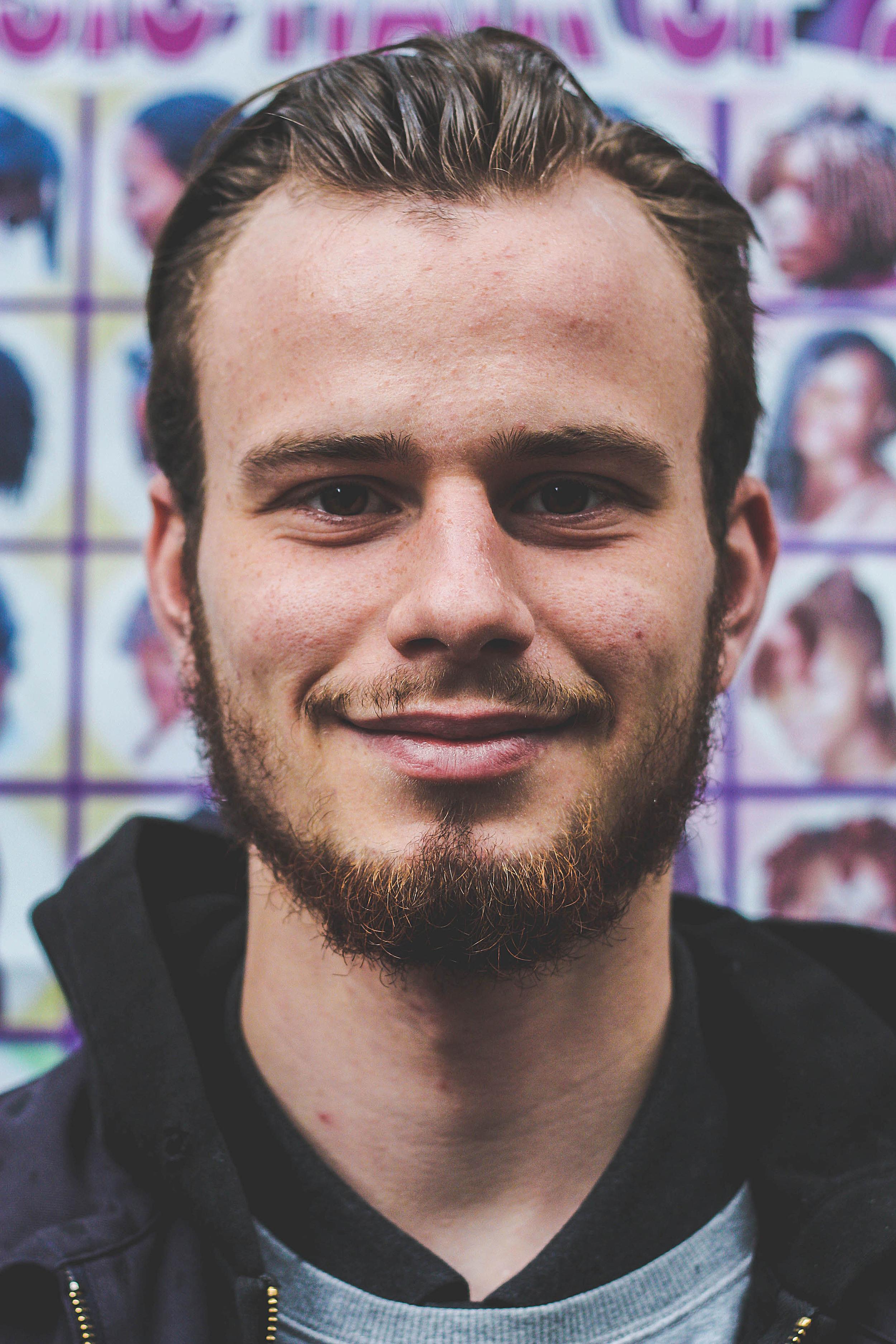 endearmentendure.com - Speed date met Emile Desmet