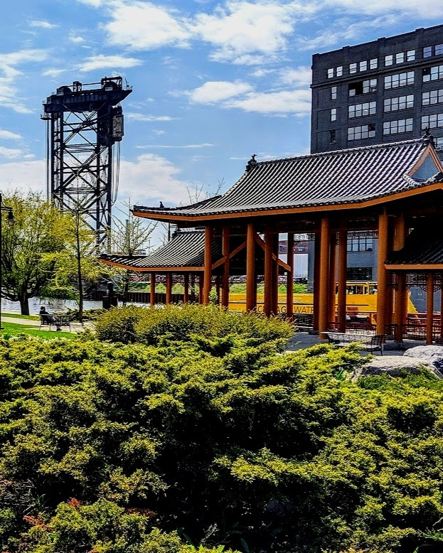 CHINATOWN & THE LOOP - Boat, Walking, and L Tour!