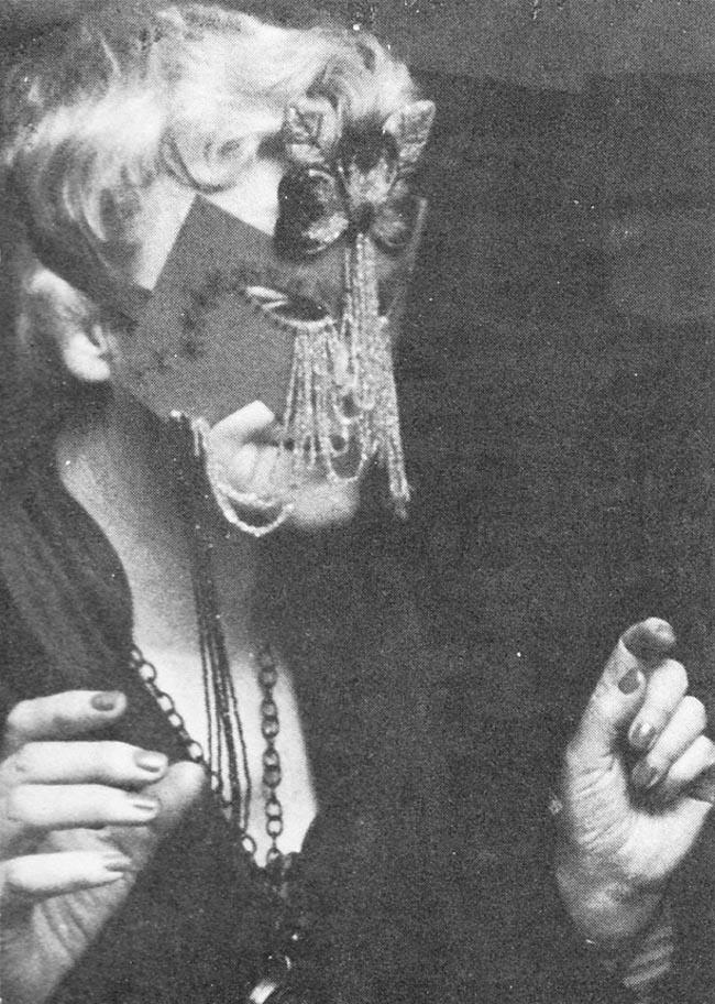 Peavy wearing mask during her Long John Nebel radio show