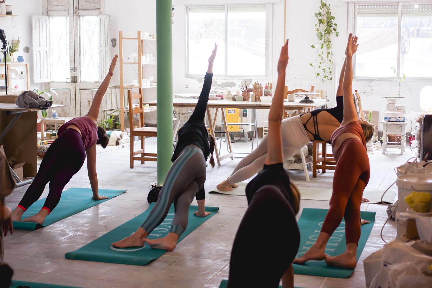 yoga&pottery 04.jpg