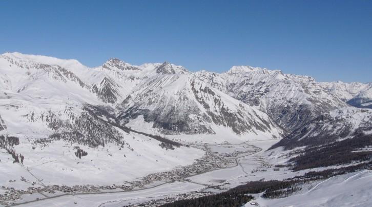Gorgeous snow-capped Alps