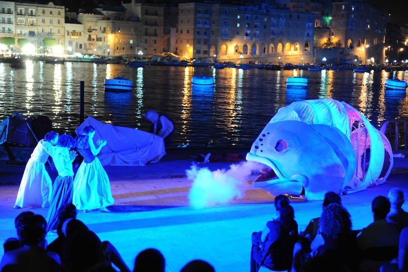 Old Salt by the Rubberbodies Collective, Malta International Arts Festival 2012, photo by Rene Rossignaud