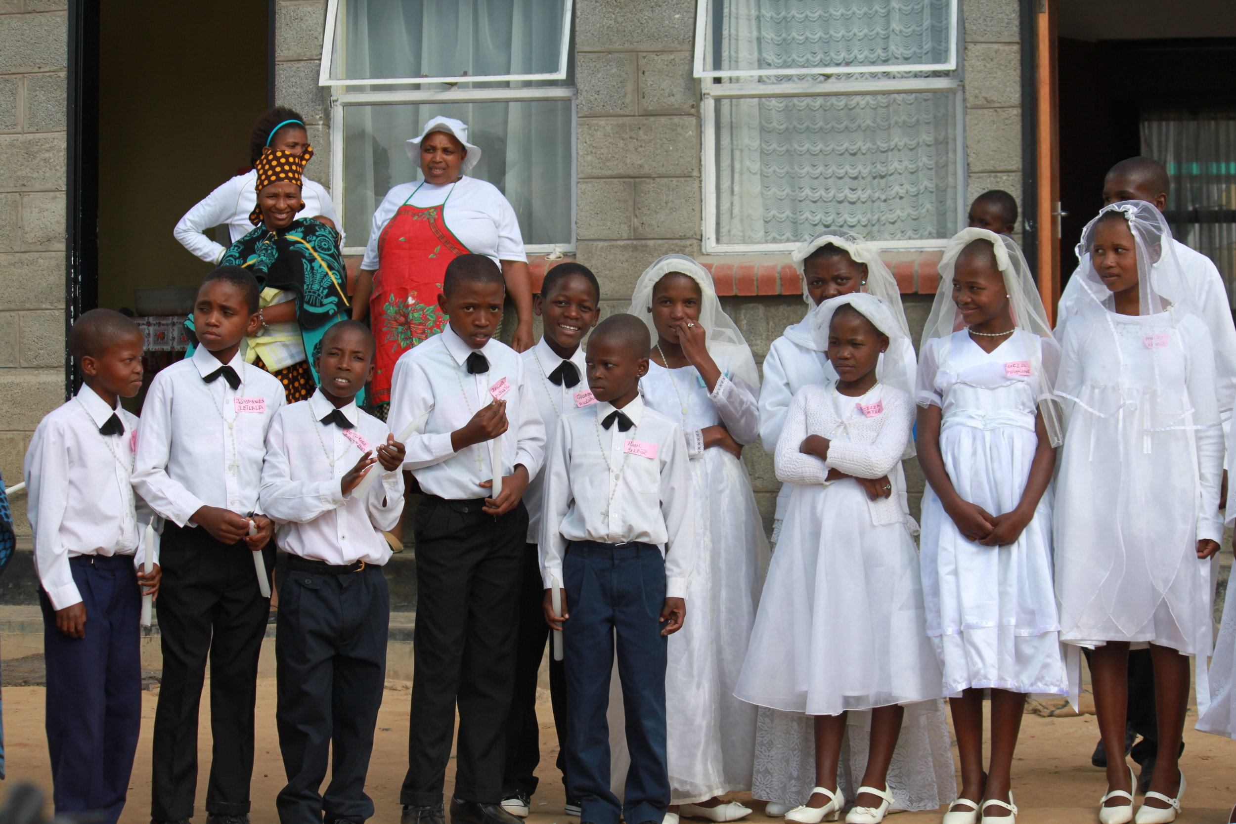 Children on their First Holy Communion day.