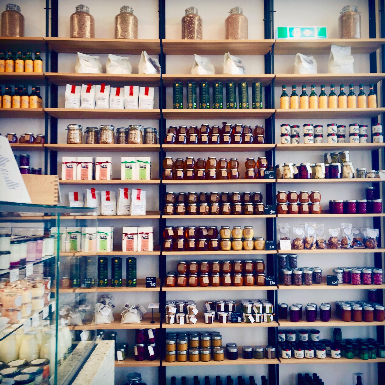 Kleinigkeiten - schön präsentiert im Shop