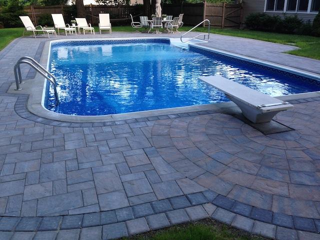Pool Deck with Pavers(640x480).jpg
