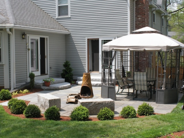 CampbellPatio102(640x480).jpg
