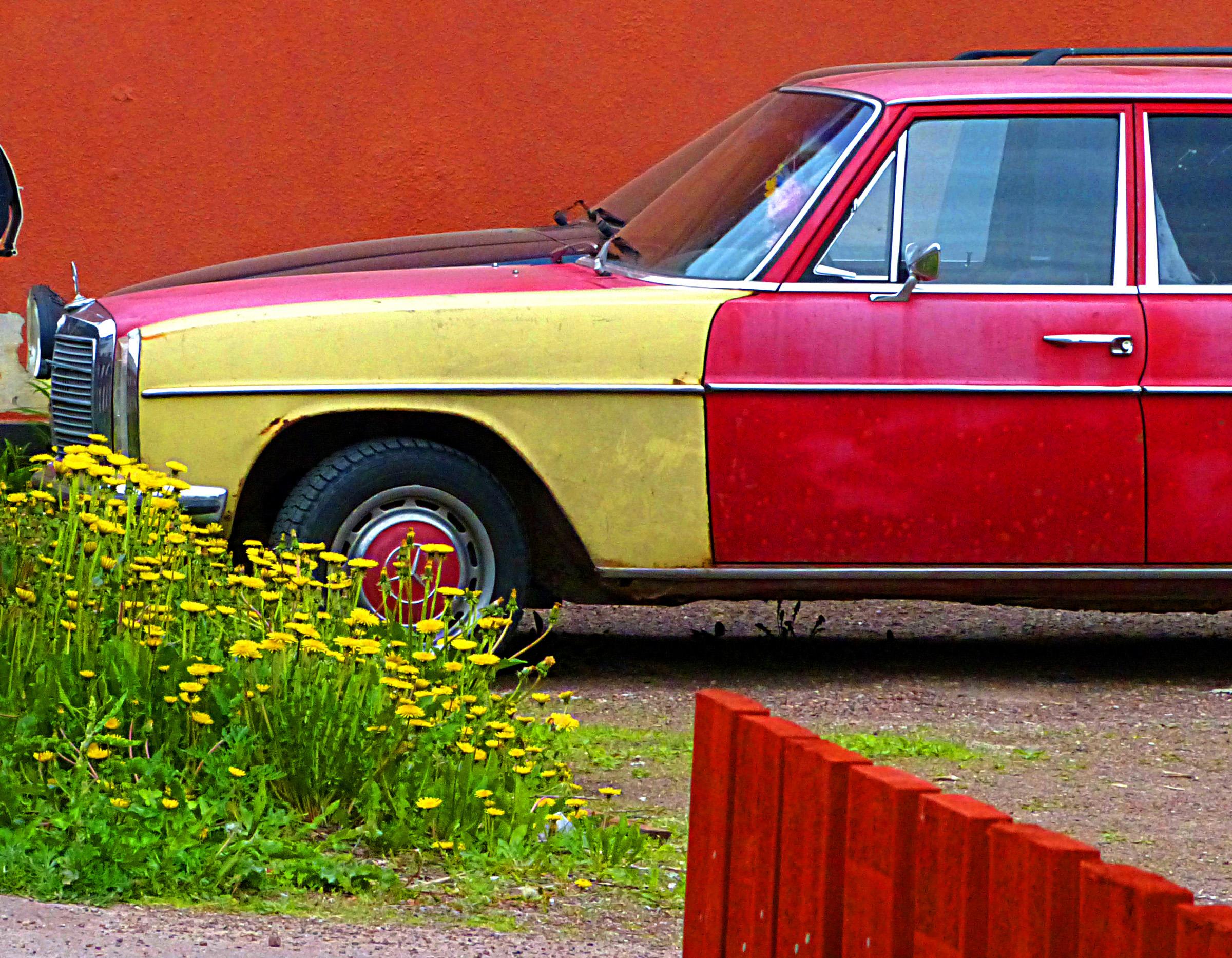 Rainbow Mercedes.jpg