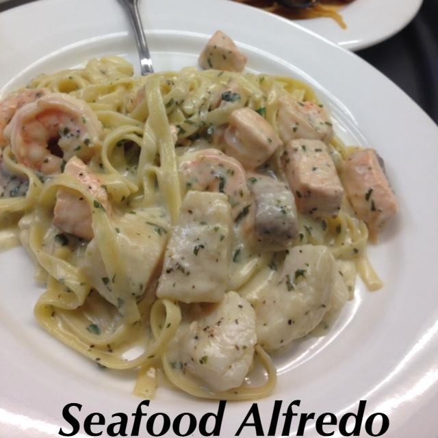 seafood alfredo.JPG
