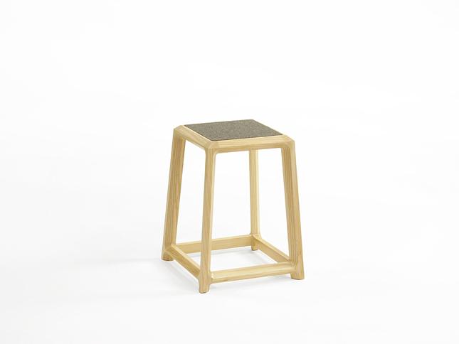 Chamfer stool short 01 - Designer Designtree.jpg