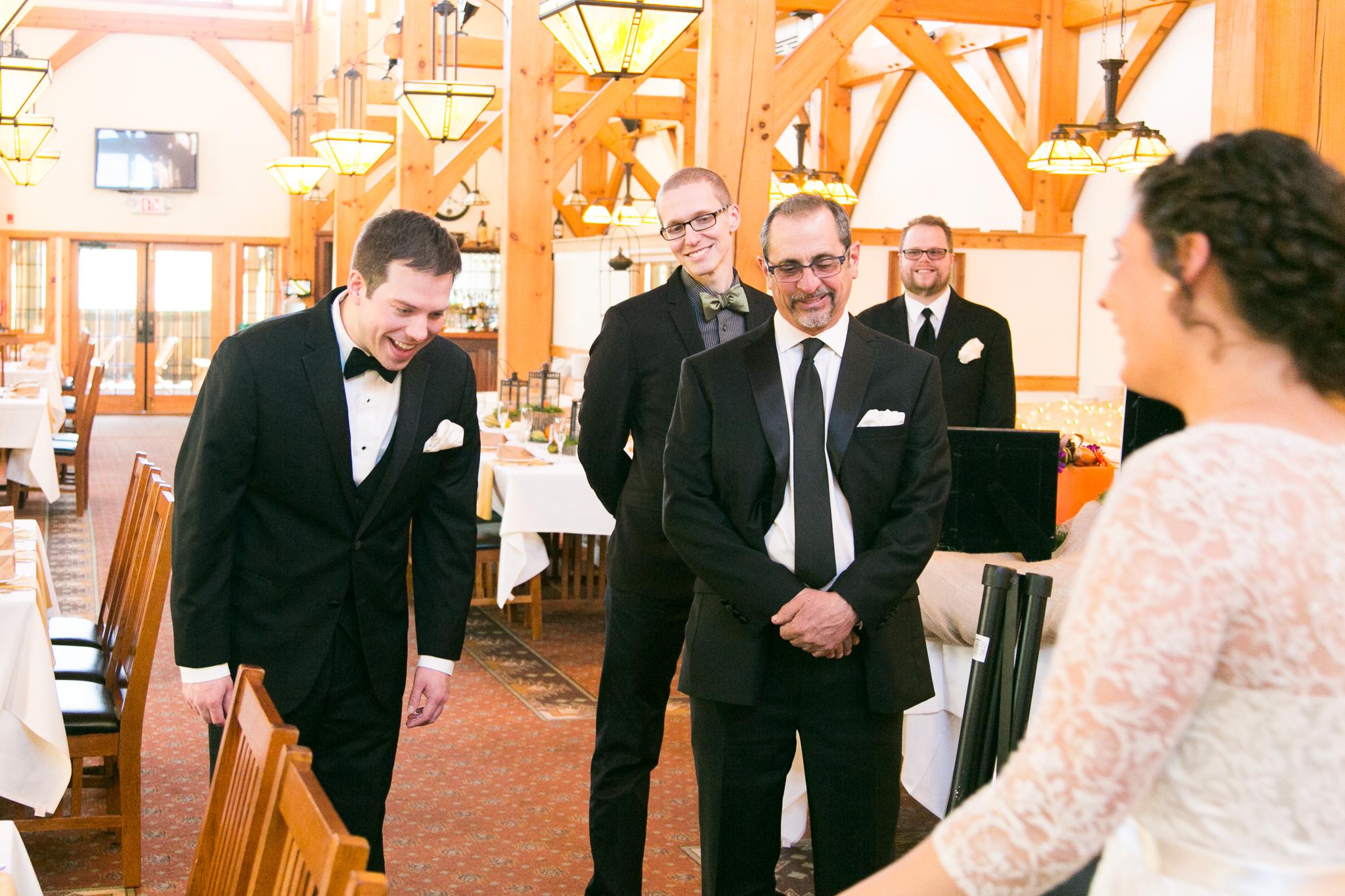 camuglia-whomstudio-chelsea_and_andy-nycphotographer-wedding-brooklyn-buffalo-timberlodge-013-5255.jpg