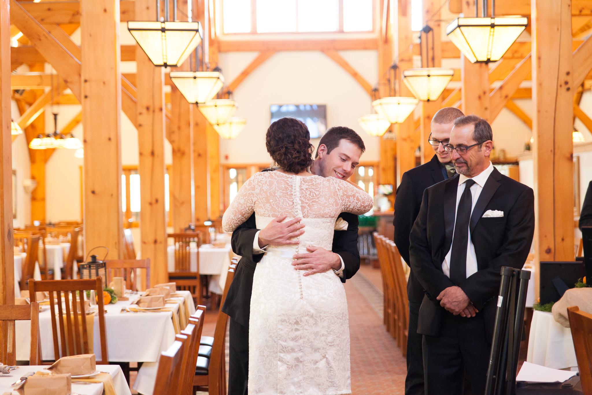 camuglia-whomstudio-chelsea_and_andy-nycphotographer-wedding-brooklyn-buffalo-timberlodge-015-0036.jpg