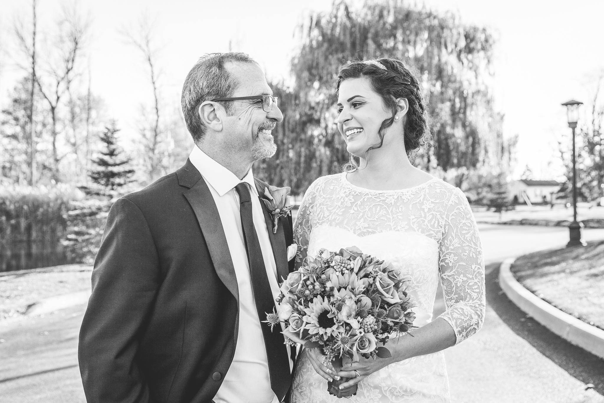 camuglia-whomstudio-chelsea_and_andy-nycphotographer-wedding-brooklyn-buffalo-timberlodge-037-0229.jpg