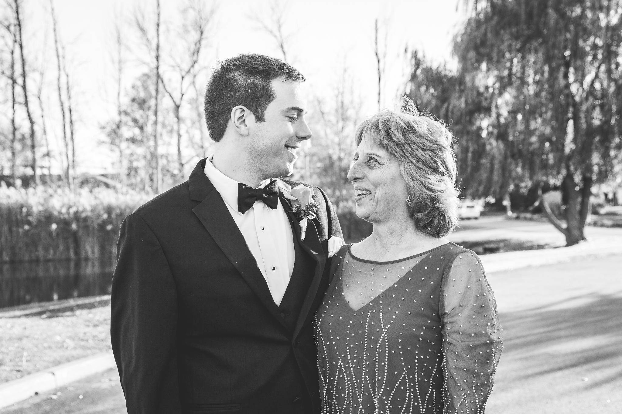 camuglia-whomstudio-chelsea_and_andy-nycphotographer-wedding-brooklyn-buffalo-timberlodge-038-0238.jpg