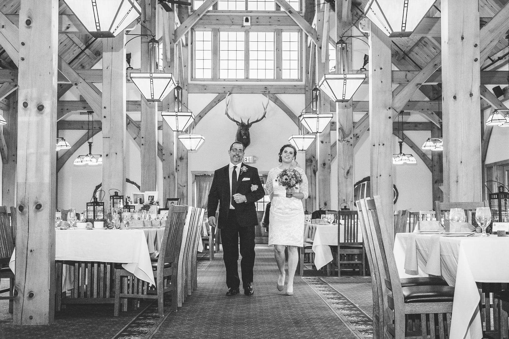 camuglia-whomstudio-chelsea_and_andy-nycphotographer-wedding-brooklyn-buffalo-timberlodge-068-5476.jpg
