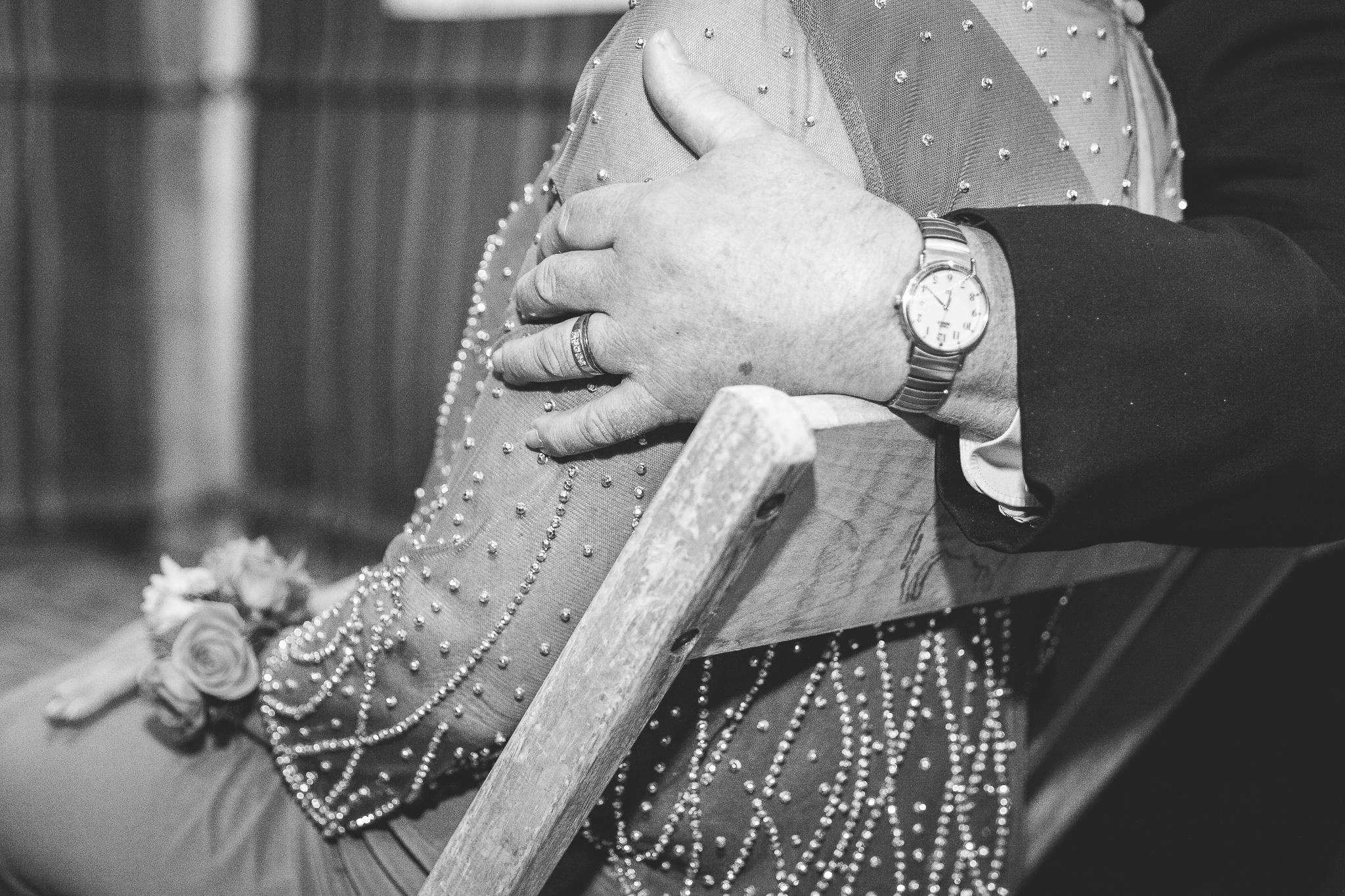 camuglia-whomstudio-chelsea_and_andy-nycphotographer-wedding-brooklyn-buffalo-timberlodge-087-0633.jpg