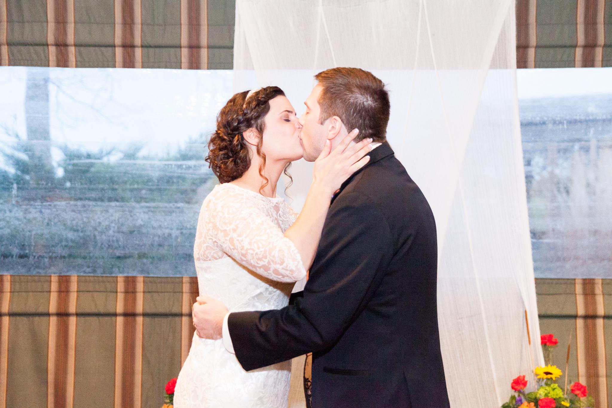 camuglia-whomstudio-chelsea_and_andy-nycphotographer-wedding-brooklyn-buffalo-timberlodge-088-0638.jpg
