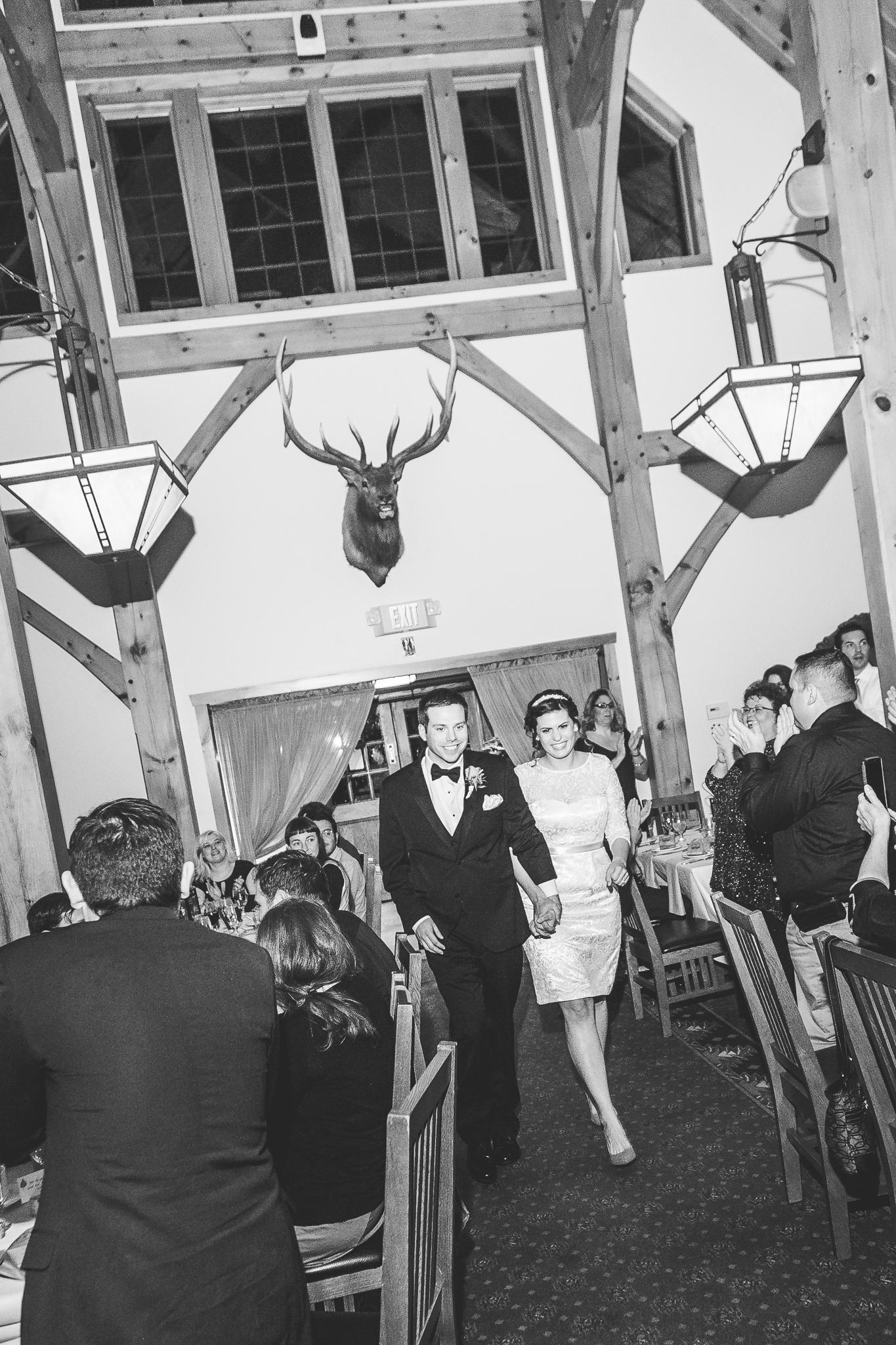 camuglia-whomstudio-chelsea_and_andy-nycphotographer-wedding-brooklyn-buffalo-timberlodge-095-5546.jpg