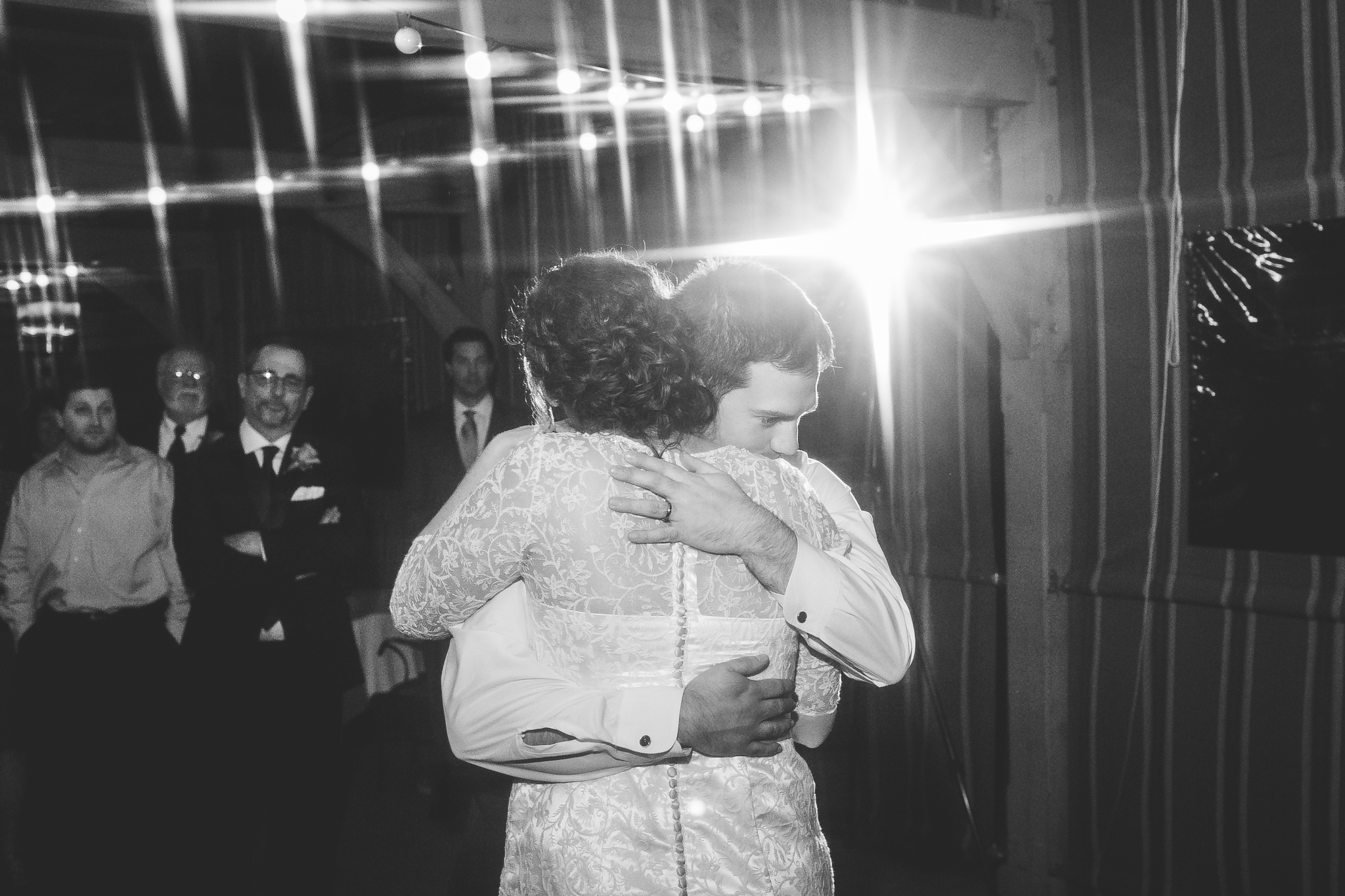 camuglia-whomstudio-chelsea_and_andy-nycphotographer-wedding-brooklyn-buffalo-timberlodge-114-5602.jpg