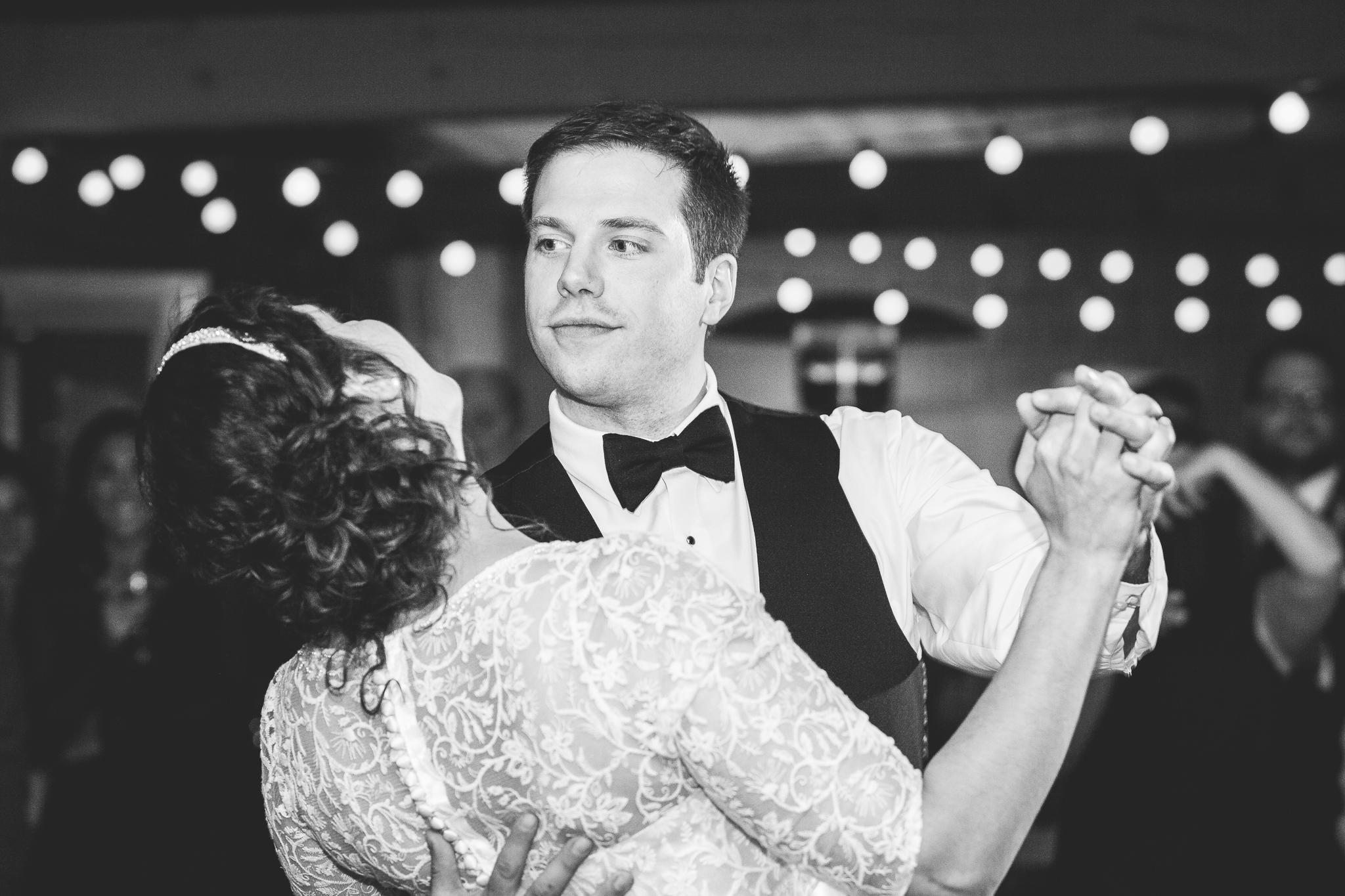 camuglia-whomstudio-chelsea_and_andy-nycphotographer-wedding-brooklyn-buffalo-timberlodge-119-0759.jpg
