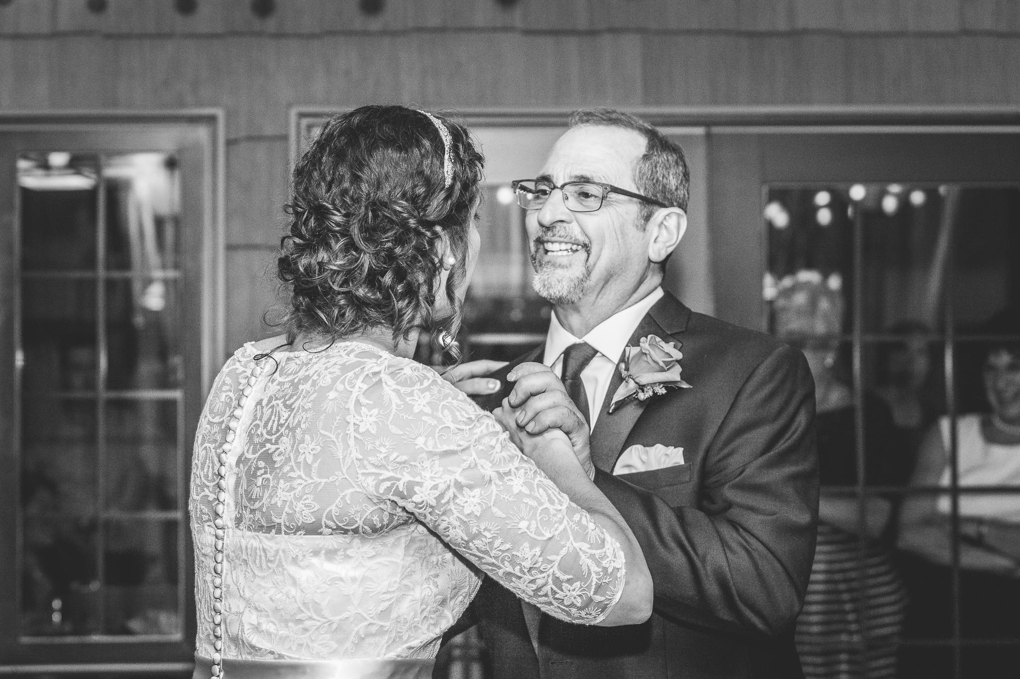 camuglia-whomstudio-chelsea_and_andy-nycphotographer-wedding-brooklyn-buffalo-timberlodge-124-0768.jpg