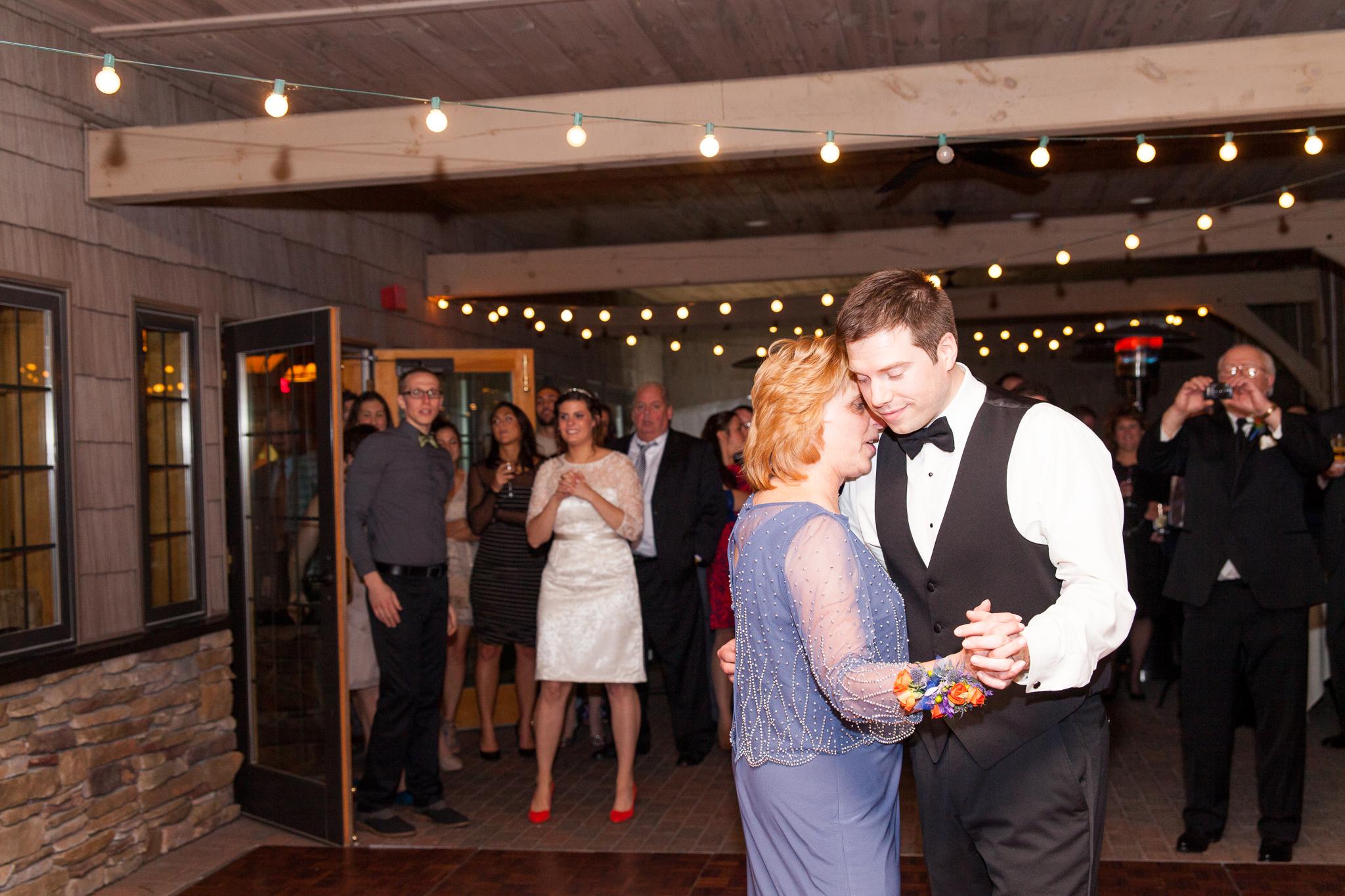 camuglia-whomstudio-chelsea_and_andy-nycphotographer-wedding-brooklyn-buffalo-timberlodge-125-0778.jpg