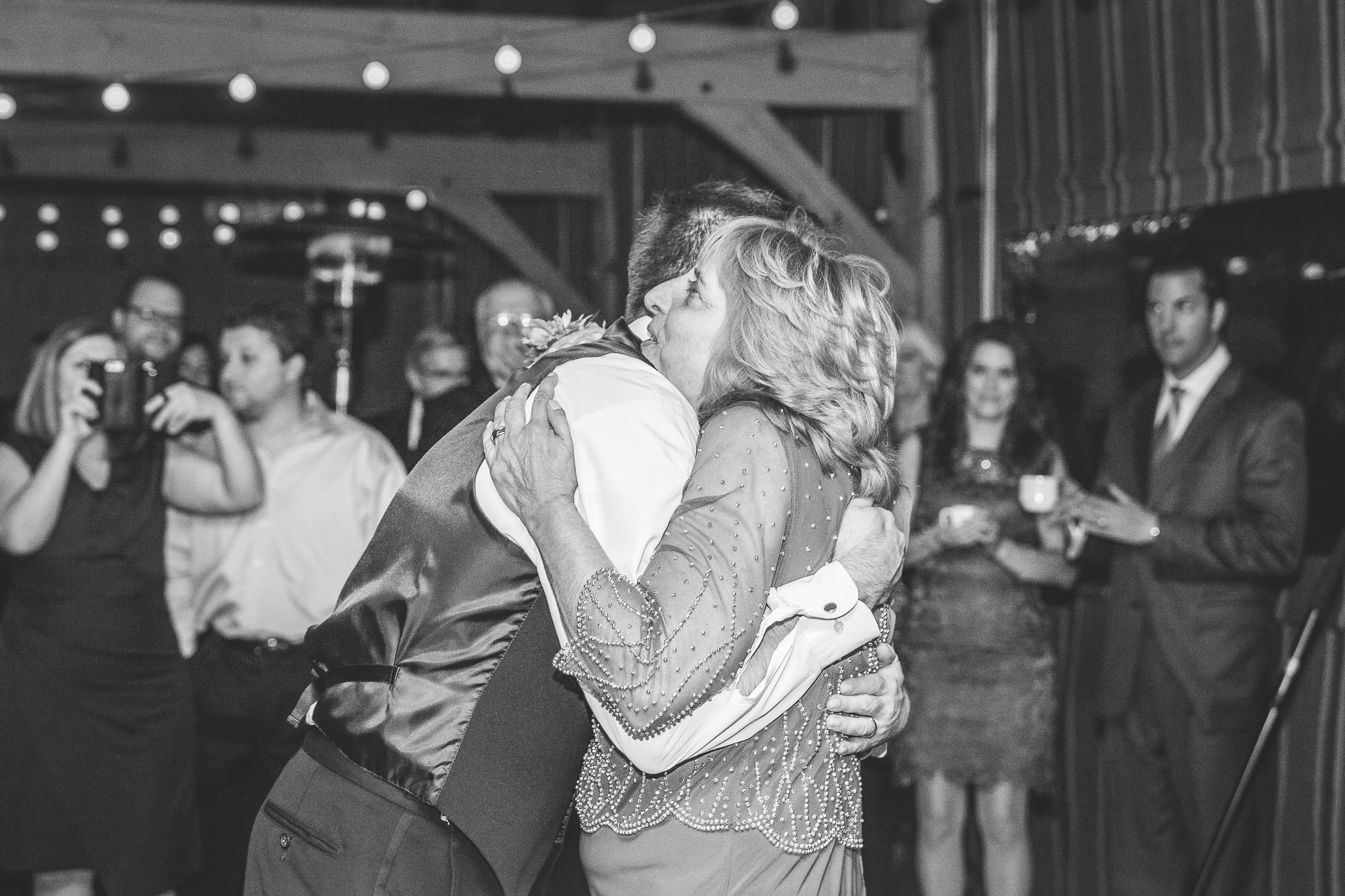 camuglia-whomstudio-chelsea_and_andy-nycphotographer-wedding-brooklyn-buffalo-timberlodge-130-0802.jpg
