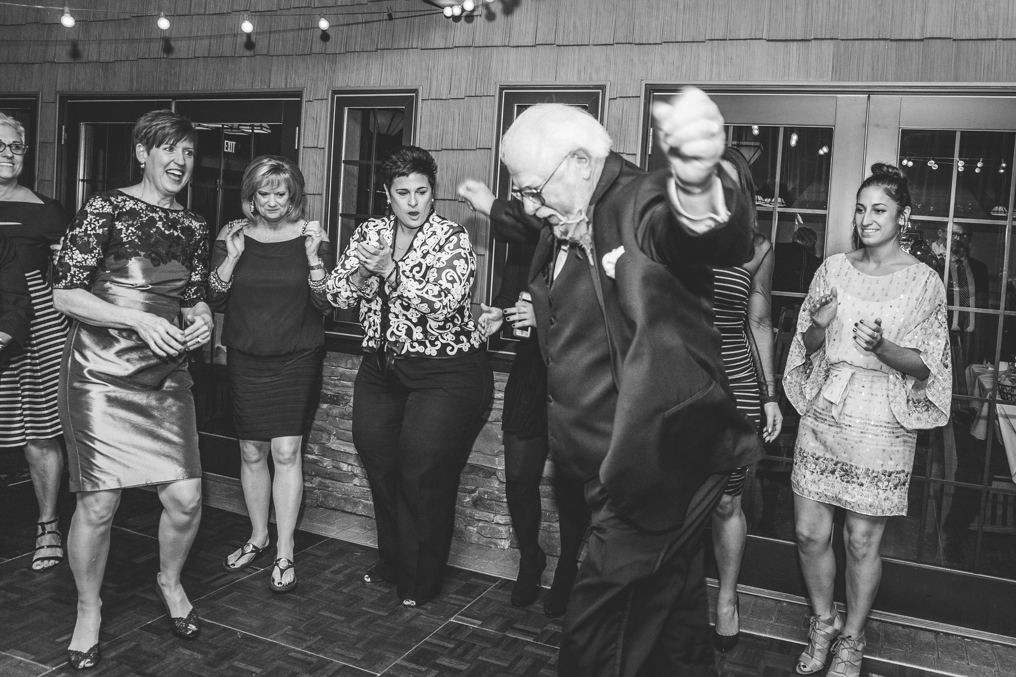 camuglia-whomstudio-chelsea_and_andy-nycphotographer-wedding-brooklyn-buffalo-timberlodge-135-0863.jpg