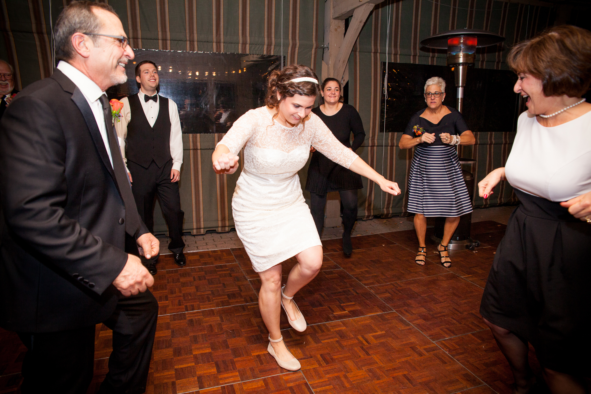 camuglia-whomstudio-chelsea_and_andy-nycphotographer-wedding-brooklyn-buffalo-timberlodge-147-0925.jpg
