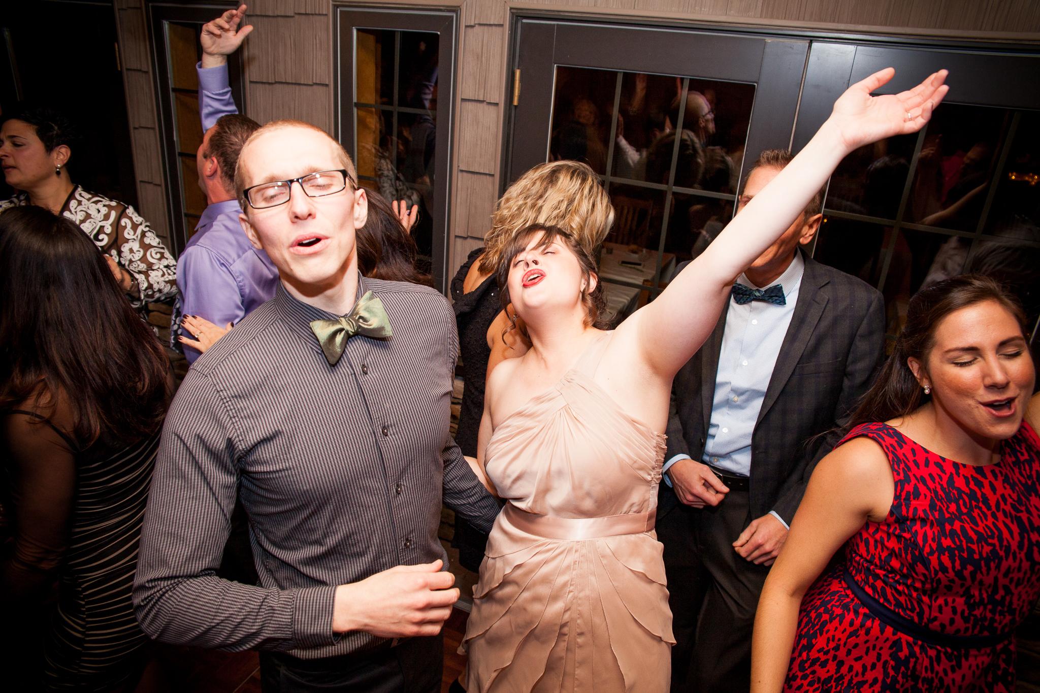 camuglia-whomstudio-chelsea_and_andy-nycphotographer-wedding-brooklyn-buffalo-timberlodge-154-0979.jpg