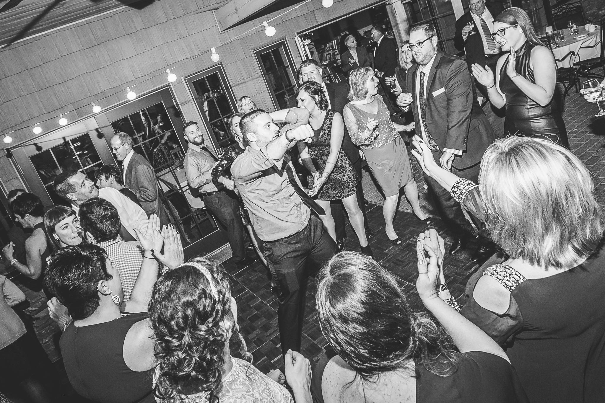 camuglia-whomstudio-chelsea_and_andy-nycphotographer-wedding-brooklyn-buffalo-timberlodge-161-5713.jpg