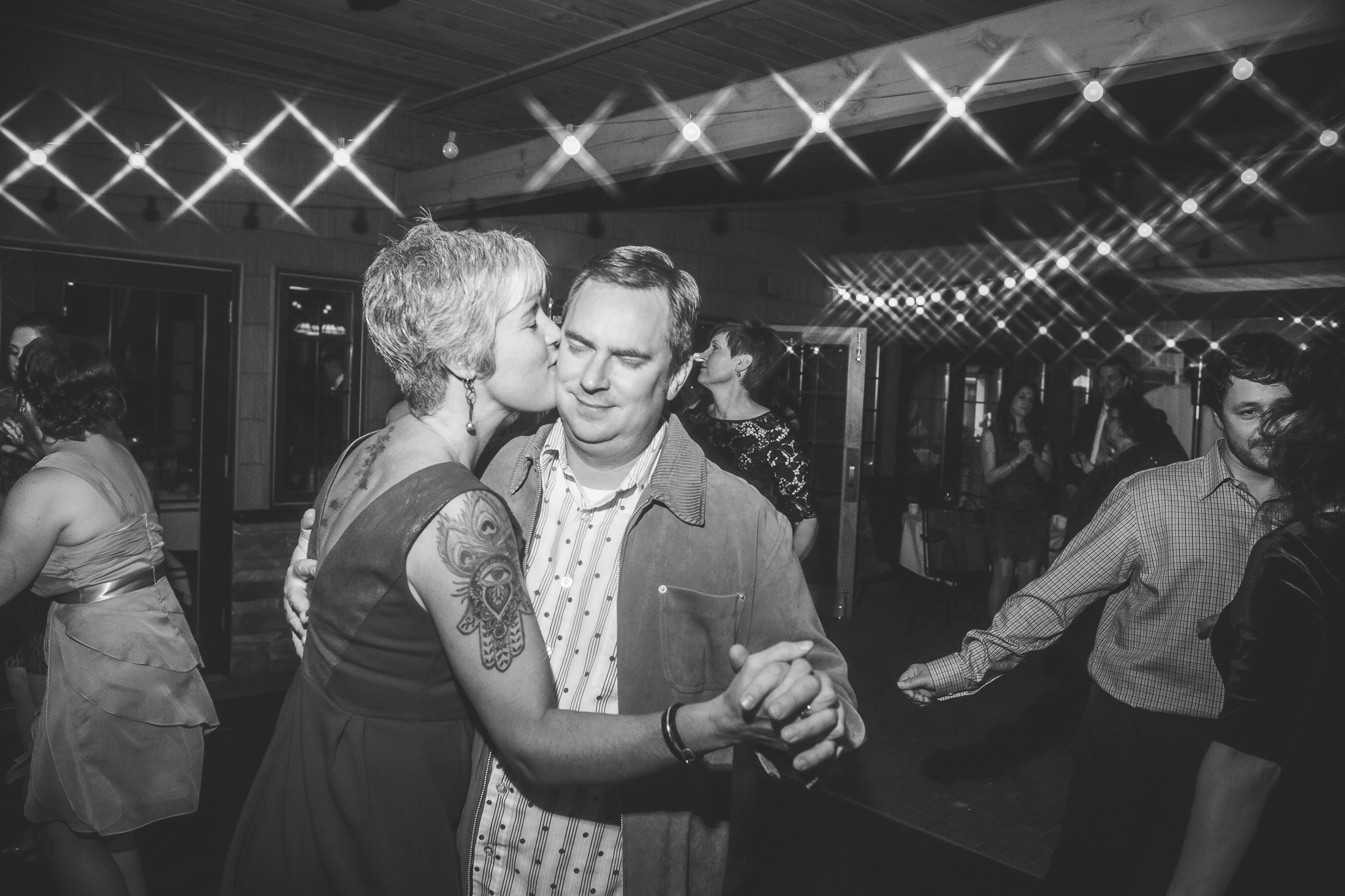 camuglia-whomstudio-chelsea_and_andy-nycphotographer-wedding-brooklyn-buffalo-timberlodge-164-5723.jpg