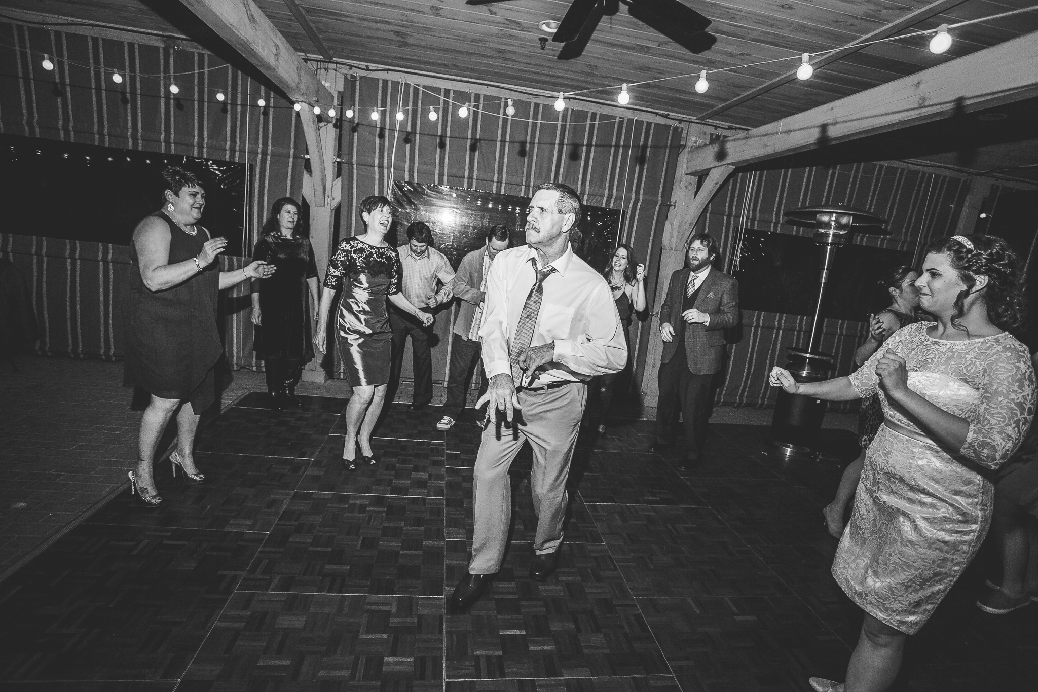 camuglia-whomstudio-chelsea_and_andy-nycphotographer-wedding-brooklyn-buffalo-timberlodge-166-5734.jpg