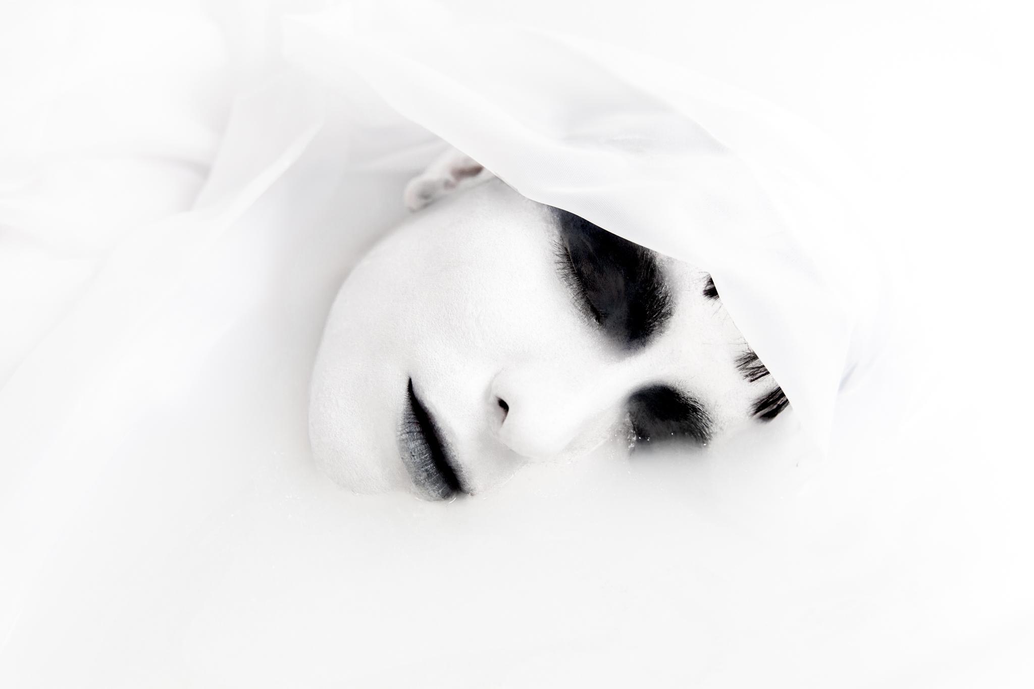 whomstudio_lisa-martin_milk-ghost_0027_2048.jpg