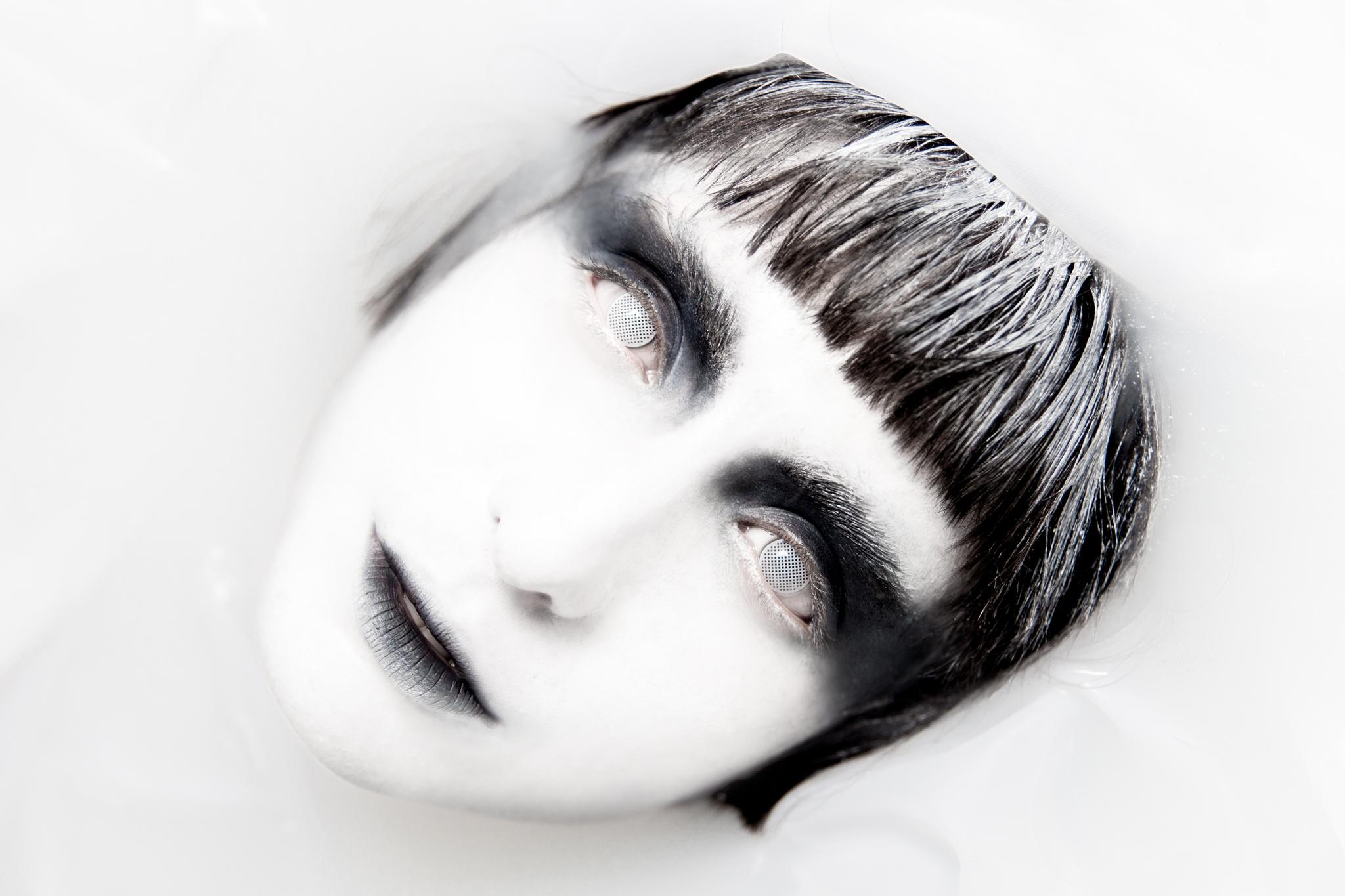 whomstudio_lisa-martin_milk-ghost_0013_2048.jpg