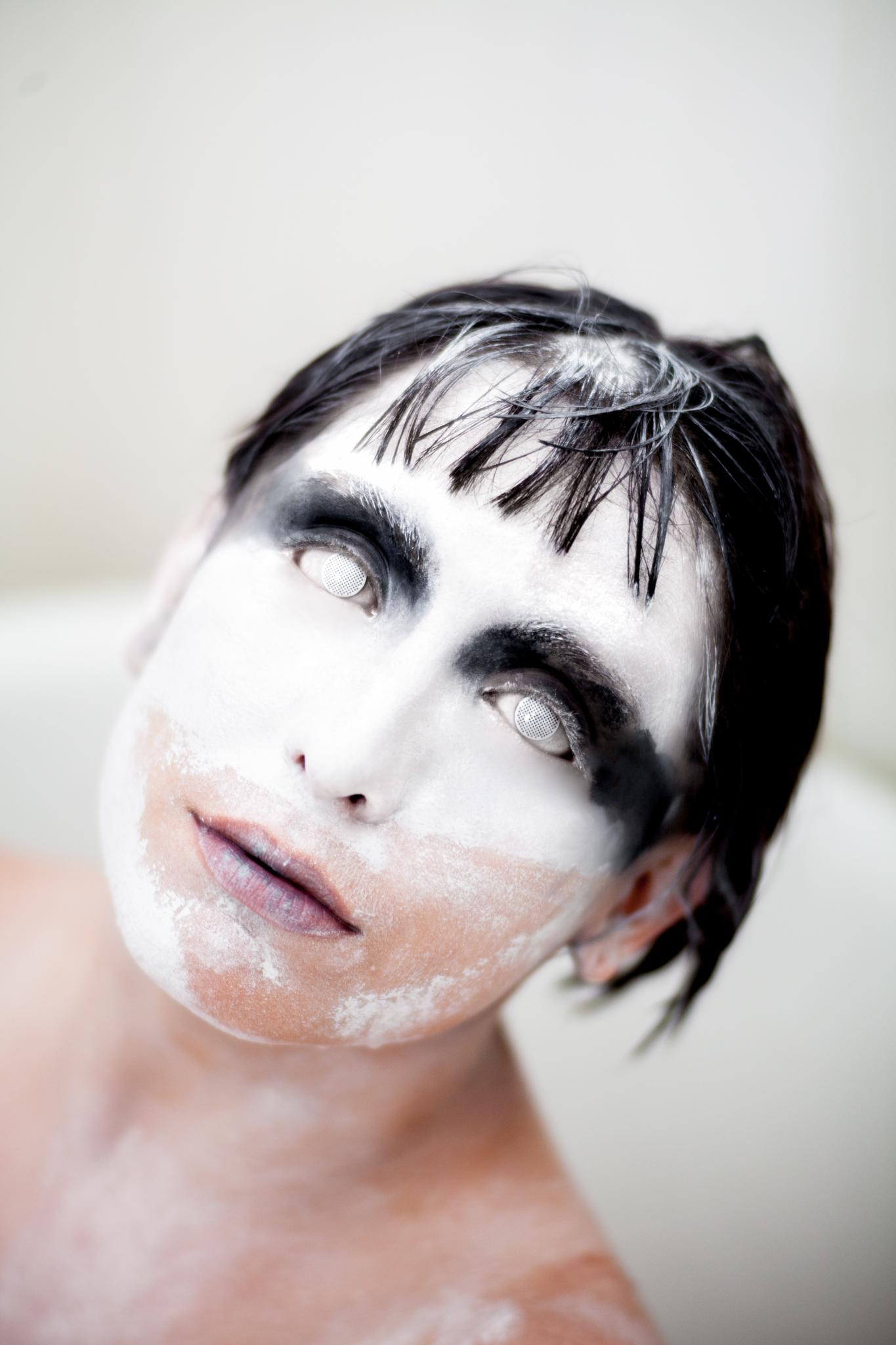 whomstudio_lisa-martin_milk-ghost_0036_2048.jpg