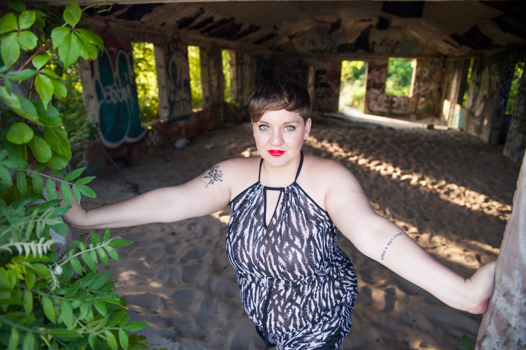 whomstudio_laura-delarato-fort-tilden-beach-nyc_0561-2048.jpg