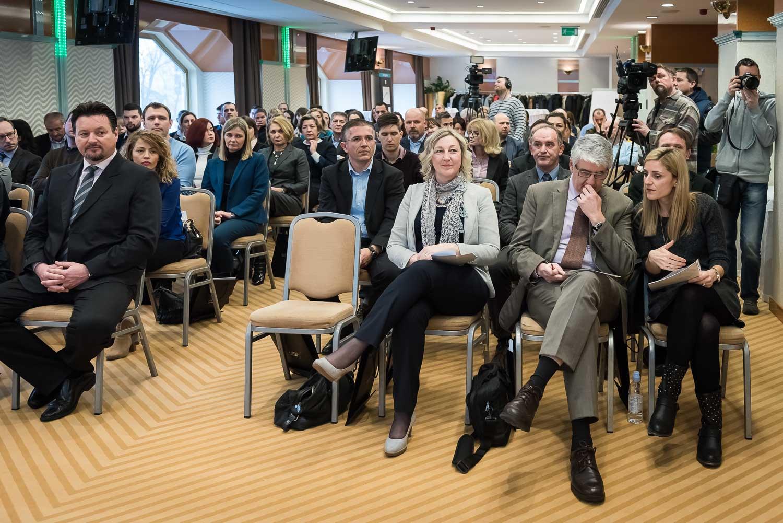 fotografiranje-poslovne-konferencije-Zagreb-HOtel-Dubrovnik-4687.jpg
