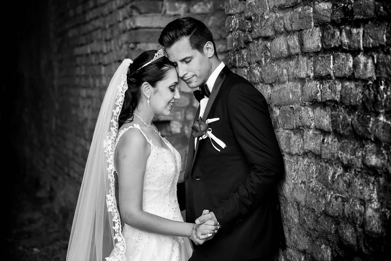 2 crno bijela fotografija vjenčanja.jpg