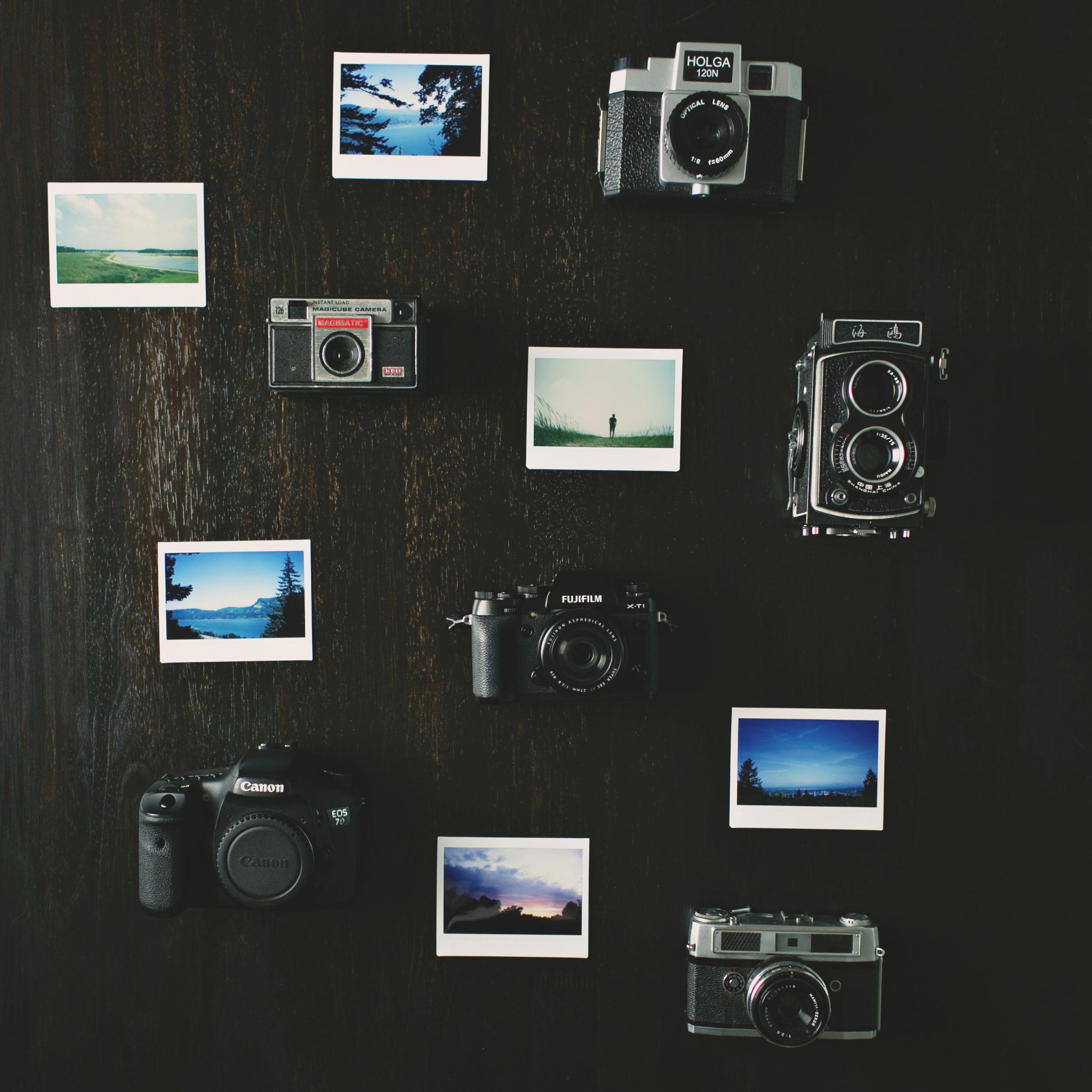 Canon_Vintage_Cameras_Polaroids.jpg