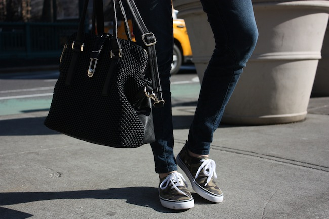 chelsea+lane+truelane+zipped+blog+new+york+city+manhattan+fashion+style+blogger+parc+boutique+free+people+just+fab+hm+camo+sneakers8.JPG