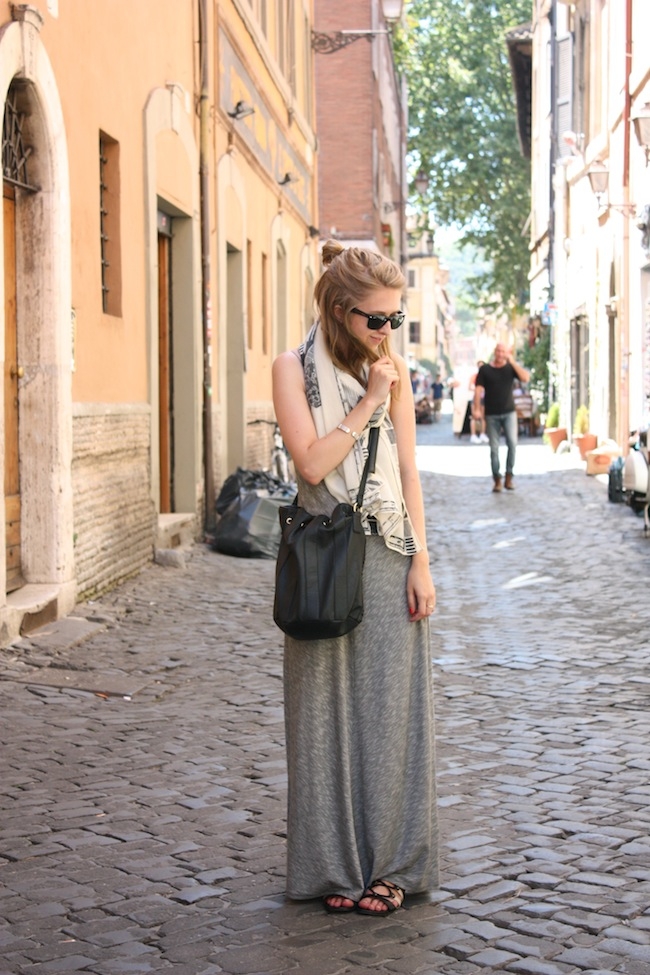chelsea+lane+zipped+truelane+minneapolis+fashion+style+blogger+rome+italy+target+maxi+dress+shoedazzle+justfab+madewell+map+scarf3.jpg