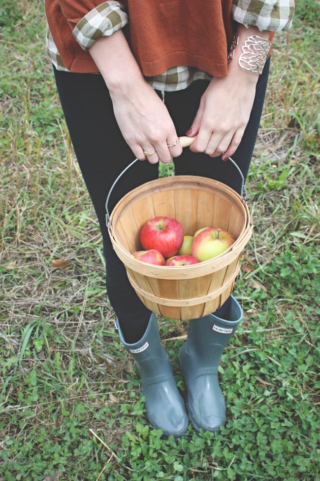chelsea+lane+zipped+blog+minneapolis+style+fashion+blogger+sweetland+apple+orchard5.jpg