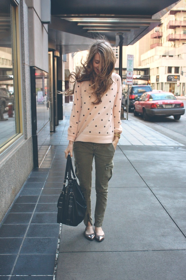 forever21_polkadot_sweater_freepeople_militarypants_cargos_captoe_metallic_flats2.jpg