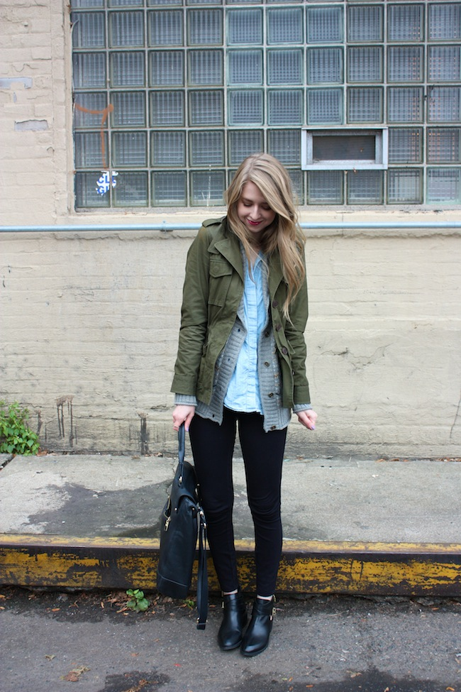 chelsea+lane+zipped+truelane+blog+maybelline+color+elixir+refinery29+madewell+transport+tote+vince+camuto+seychelles+scoundrel+black+chambray+lily+violet+jcrew+pixie+pants6.jpg