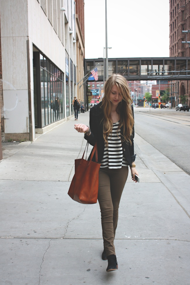chelsea_lane_zipped_blog_minneapolis_fashion_blogger_hm_henry_and_belle_denim_sam_edelman_petty_madewell_transport_tote2.jpg