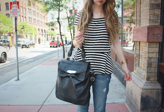 chelsea_lane_zipped_minneapolis_fashion_blogger_elle_magazine_gap_boyfriend_jeans_chinese_laundry_d'orsay_fats_vince_camuto1.jpg
