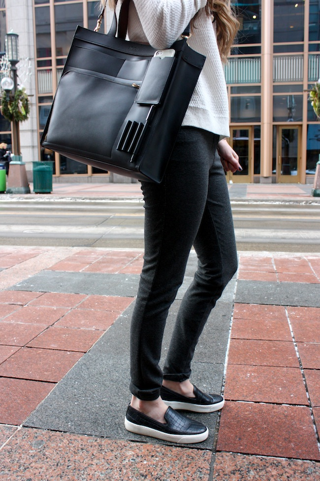 chelsea+lane+truelane+zipped+blog+minneapolis+fashion+style+blogger+madewell+sweater+parc+boutique+pants+sam+edelman+becker+sneakers+kate+spade+saturday+inside+out+pocket+tote3.jpg