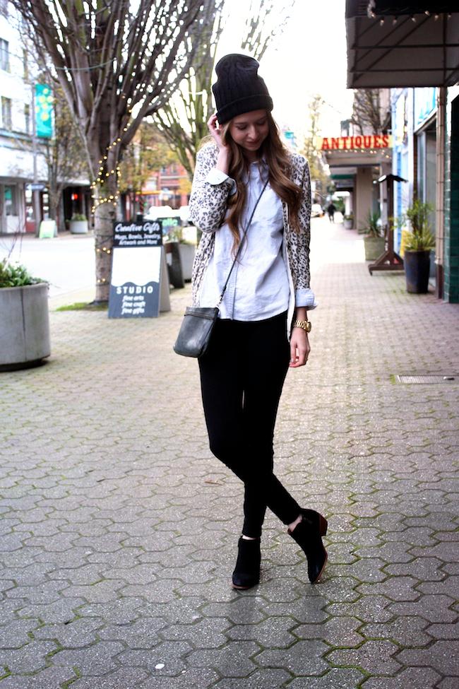 minneapolis_fashion_blog_michaelkors_knithat_eddiebauer_chambrayshirt_forever21_leopardcardigan_jcrew_pixiepants_samedelman_pettyboots1.jpg