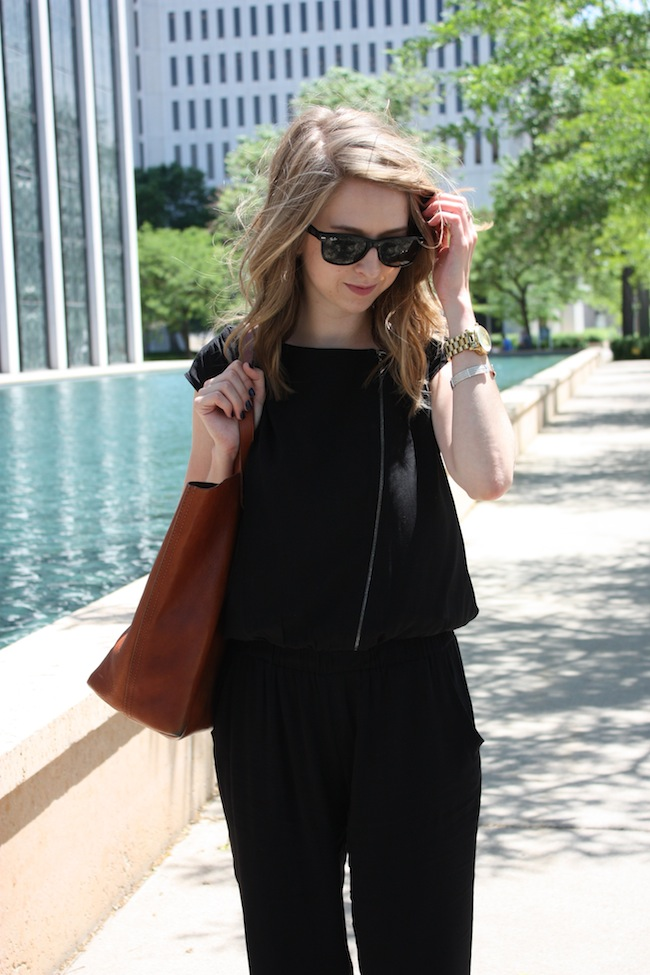 chelsea+lane+zipped+truelane+blog+minneapolis+fashion+style+blogger+kisa+boutique+black+silk+jumpsuit+madewell+transport+tote+justfab+leona3.jpg