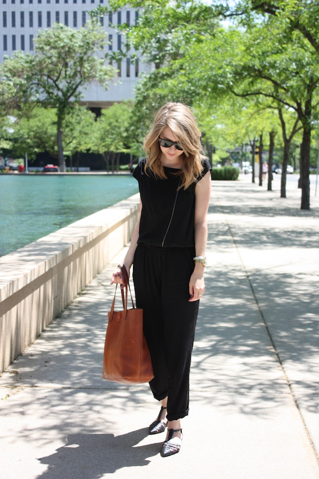 chelsea+lane+zipped+truelane+blog+minneapolis+fashion+style+blogger+kisa+boutique+black+silk+jumpsuit+madewell+transport+tote+justfab+leona1.jpg